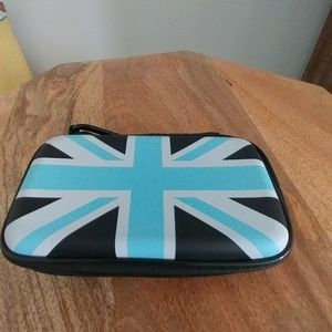 Merkury innovations British flag case